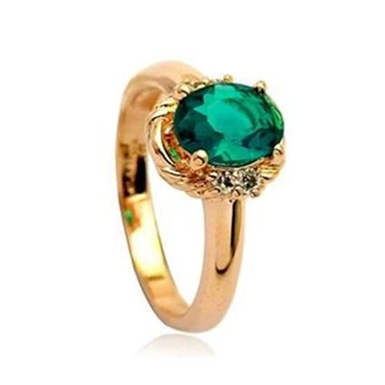 anillo verde esmeralda