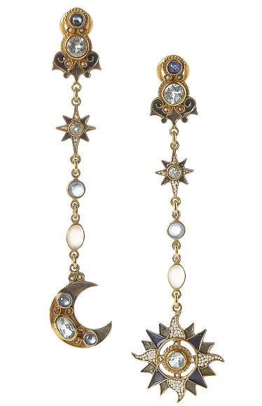 Formas esotéricas que combinan estrellas con lunas. Una mirada al firmamento.