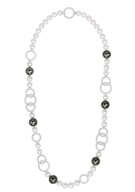 Chanel-Les-Perles-de-Chanel-Entrelacs-Necklace